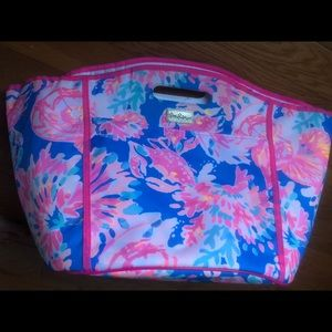 Lilly Pulitzer insulated beverage bag NWOT!!